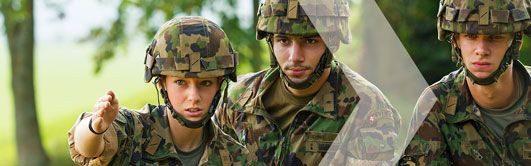 Kannst du Kontakte in der Armee tragen?