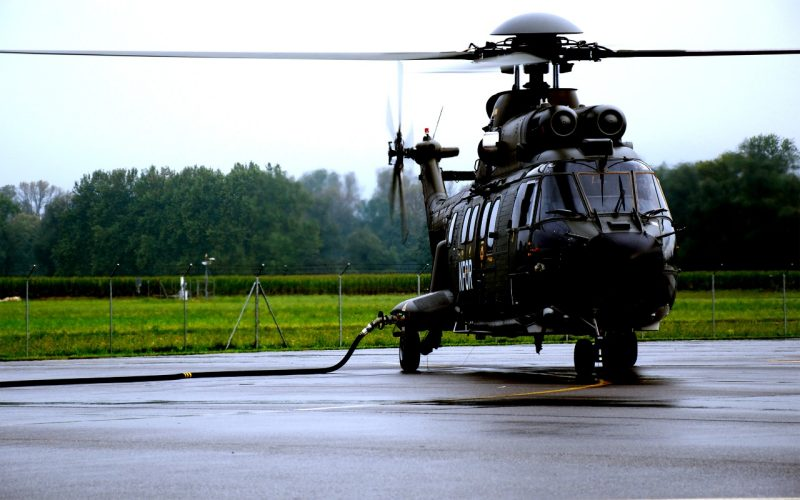 «Hot refueling» Super Puma et Cougar
